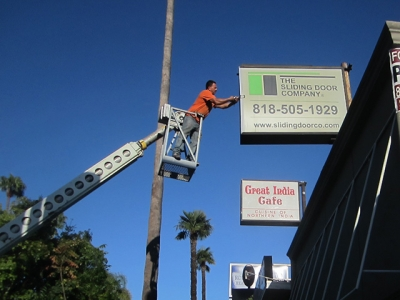 sign removal of lexan face